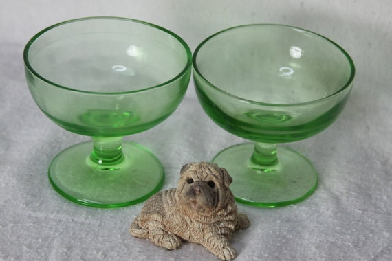 Two sweet simple vintage Green Depression Glass sherbet sherbert dishes Perfect for ice cream