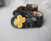 Baby Shoes Ruffled MaryJane Shoe Black Snakeskin Print Leather with 2 sets interchangeable Flowers