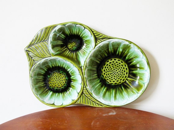 vintage 1960s Dish // Retro Ceramic // Green Flowers // California Pottery Co.