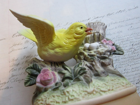 SALE - vintage Shafford - music box - yellow BIRD with nest and eggs - plays 'I Did it My Way'