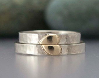 Solid Gold Heart Wedding Rings - 3mm wide rings in 14k White and Yellow Gold - Hammered Wedding Band Set