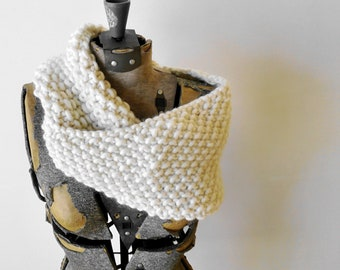 Knitted Scarf, Cowl Neck wrap -  Ecru cream merino wool, extra soft and bulky - seed stitch - Christmas Gift