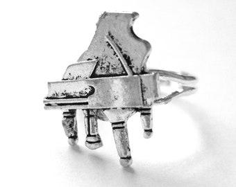 Silver Piano Jewelry - Piano Gifts - Piano Ring - Piano Teacher Gift - Music Jewelry - Music Ring - Music Lover Gift - Baby Grand Piano