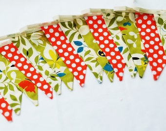 Bunting - leaves and dots.