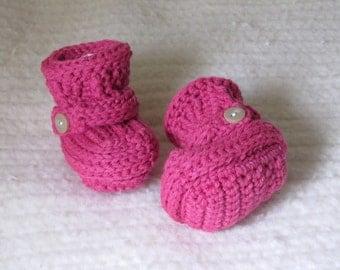 Crochet baby booties, pink baby booties, baby girl booties, 0 to 3 Months, crochet baby boots