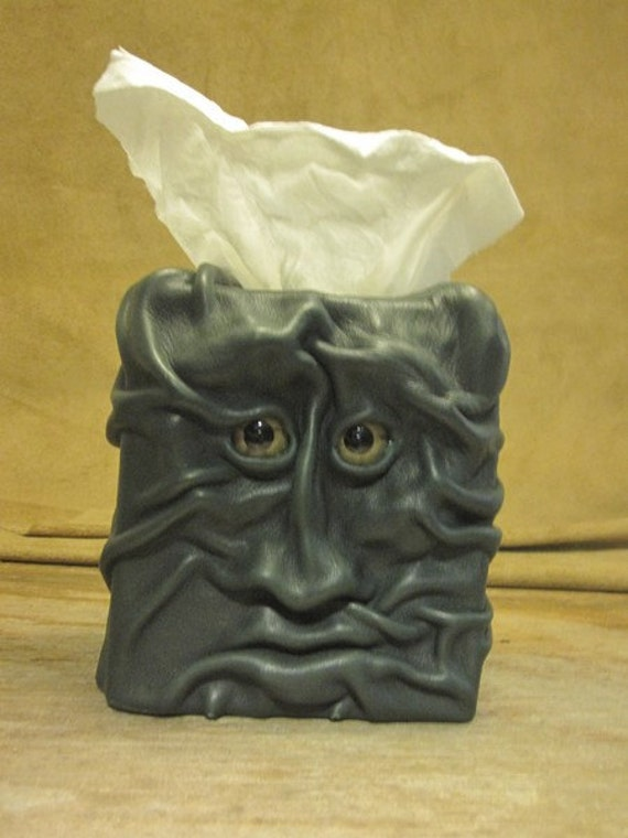 """Grichels leather tissue box cover - """"Merosim"""" 17002 - forest green with green star eyes"""