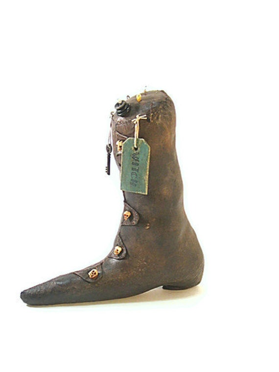 Witch Shoe, Witch Boot, Primitive, Witch, Halloween, Boot, Pincushion, Black, Magic, Wiccan, thecattsuglybabies, Gothic, Wicca