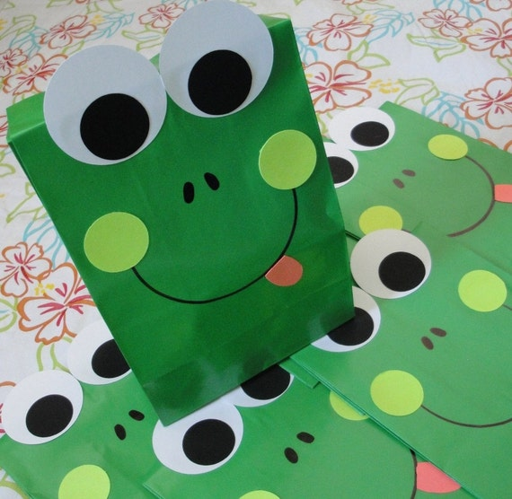 RESERVED for elizabethtrullenque - Frog Treat Sacks Western Farm Birthday Party Favor Goody Bags by jettabees on Etsy