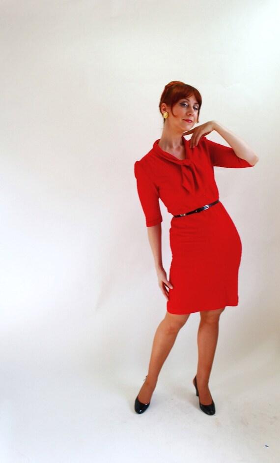 Sale - Vintage 1960s Red  Wiggle Dress. Mad Men Fashion. Office Fashion. Secretary. Fall Fashion. Size Medium