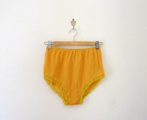 Vintage 70s deadstock mustard french knickers. panties. lingerie