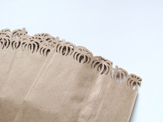 Medium Kraft Paper Bags with Pumpkin Edges for Popcorn Bar or Halloween Party Gifts Set of 10