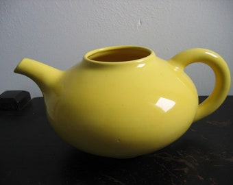 Franciscan 1930's F mark Teapot.  Antique, Vintage, Yellow.  Missing lid.  California pottery.  Made in USA.