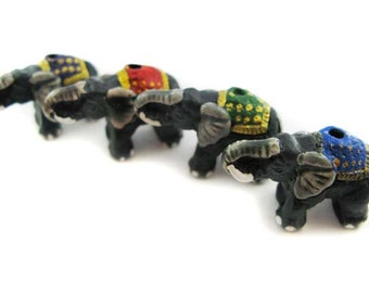 4 Large Elephant Beads - Mixed mantas