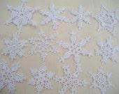 12 Beautiful Crocheted Snowflakes (2011221)