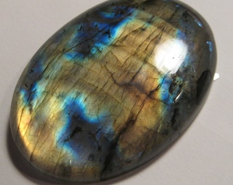 Labradorite cab   .........BIG cab .............          51  x 36 x 9 mm    ...      2033