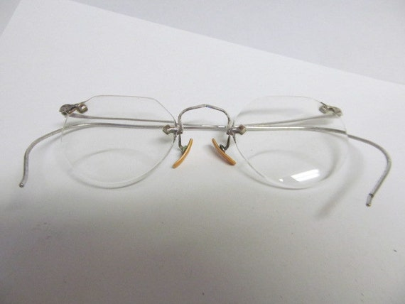 Vintage Eye Glasses Pair Opticals Rimless by wallstantiques