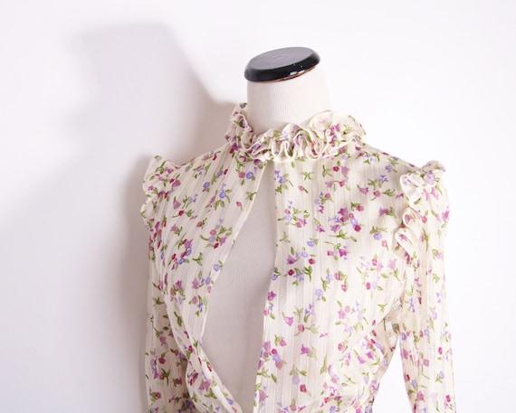 Vintage Sheer Ruffle Floral Bridal Jacket / Jacket / Blouse / Vintage Floral / Tulips / Burgundy / Ruffle / Ruffles / 1277