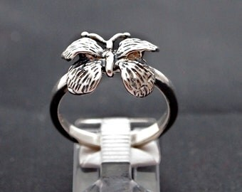 Vintage Style Butterfly Ring in Sterling Silver