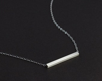 Simple Sliding Bar Necklace/Minimal Jewelry/Slice bar/Simple Bar Necklace/Everyday Necklace/Perfect for Layering