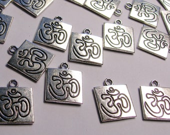 20 Om Silver color charms hypoallergenic- 20 pcs - engraved Om charms - naz8