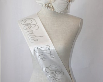 SUMMER BRIDE Special -  Bride To Be- Bachelorette Sash - Black or  White Only