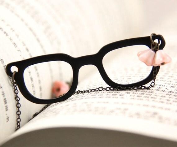 Fun Black Glasses Necklace