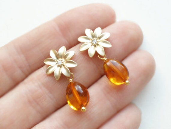 Earrings from natural Baltic amber, matt finish gold plated daisy, silver sterling 925 posts