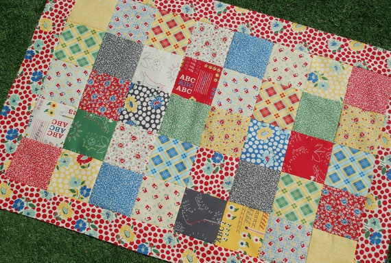 Quilt Patterns For College Students : Moda. COUTURE Crib Quilt. School Days by by Dancingangelsquilts