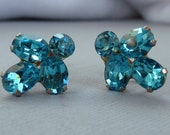 Sweet Vintage Coro Earrings - Turquoise Blue Rhinestone Screw Backs