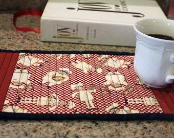 Quilted Mug Rug French Chefs Brick Red Cream  Black