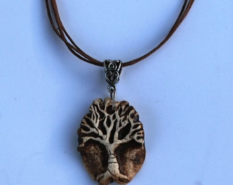 Essential Oil Diffuser Necklace Pendant Hand carved Tree Of Life Aromatherapy