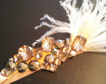 Fantastic head piece,bridal,rhinestone,crystal,brooch,wedding,tiara,swarovski.Ligth GOLD.