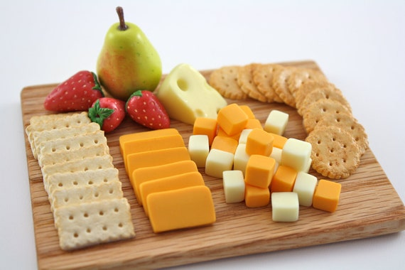 Craker cheese fruit presentation board food for by pippaloo for American cuisine presentation