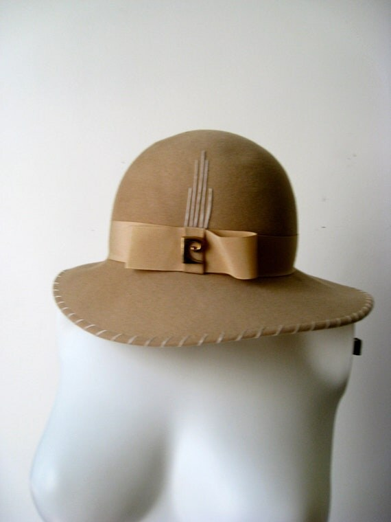 Chic 1970s Pierre Cardin Camel Wool Hat