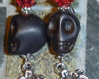 Dia de los Muertos Day of the Dead black skull and roses earrings