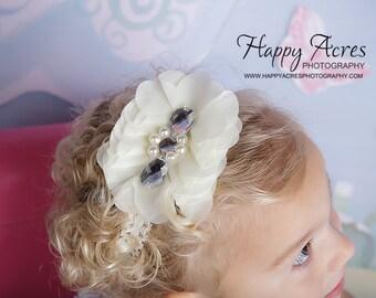 IVORY VICTORIAN HEADBAND.....baby headband, toddler headband, vintage headband, shabby chic, baby photography prop