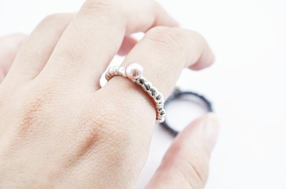 free shipping-amorph ring with pearl2-sterling silver-MADE TO ORDER
