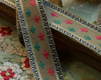 1 yard antique silk grosgrain ribbon spade design unique fine woven lisere