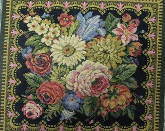 TAPESTRY PANEL w/ flowers
