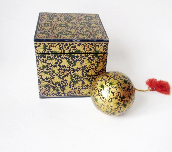 Vintage Christmas Tree Ornament in  Papier Mache with Own Box