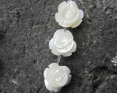 20pcs- White Shell Mother of Pearl Rose Flower beads 8mm- Full drilled