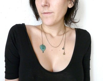 Stars antique and hot air balloon necklace pendant ( escape, jules vernes, star, sky, verdigris, travel ) 02