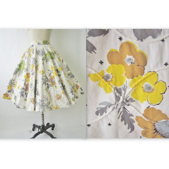50's Floral Skirt // Vintage 1950's Floral Print Cotton Full Circle Summer Skirt L