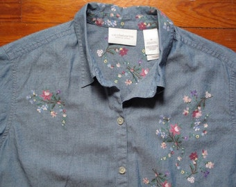 women's vintage chambray button up.