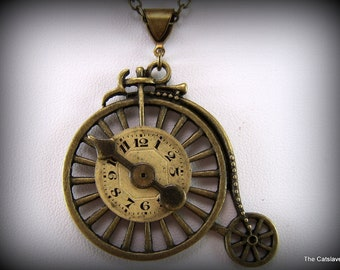 Steampunk Jewelry, Bicycle, Vintage Bicycle Necklace, Vintage Watch Face, Spinne, Handmader