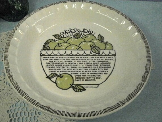 Vintage Royal China Country Harvest Apple Pie Plate Pan Baker