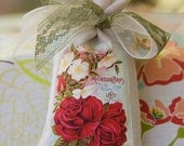 Lavender Sachet / Vintage Seed Catalog  Label on Linen Bag Sachet / Sachet Gift
