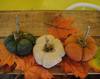 Pumpkins Handmade set of 3 Miniature Primitive