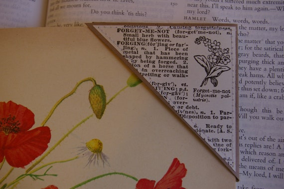 Handmade Vintage Flower Bookmark Corners