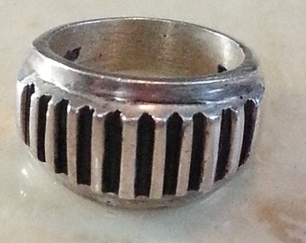 Vintage Hand Made Sterling Silver Ring 925 Ladies Abstract Ridges Women 1980s
